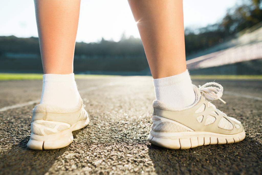 нагрузка на ноги-причина потливости