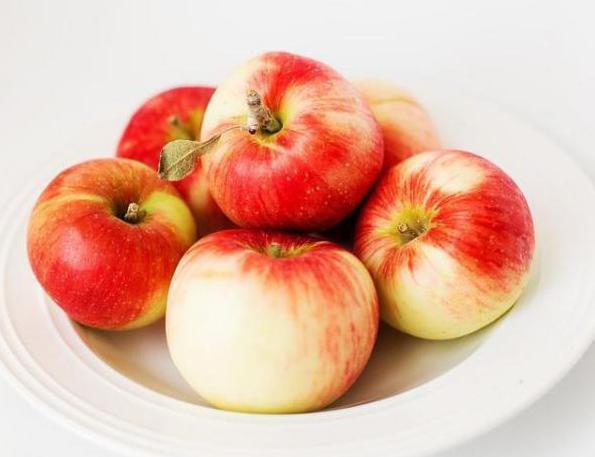 можно ли при гастрите печеные яблоки