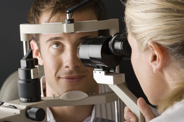 сколько болят глаза после сварки