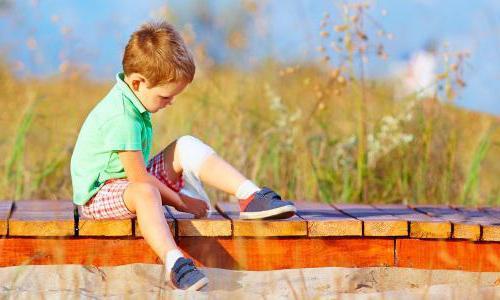 у ребенка артрит коленного сустава