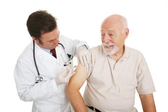 вакцинация от менингита пожилым