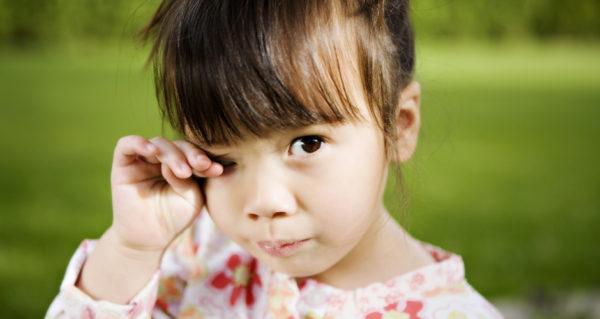 аллергия у ребенка опухли глаза