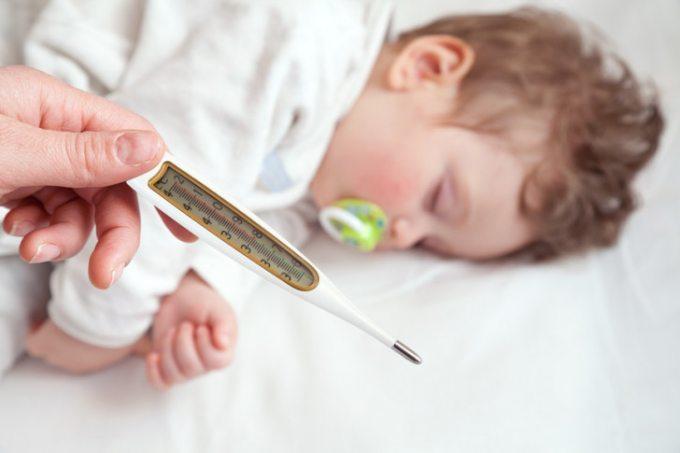 какие побочные эффекты могут быть после прививки акдс