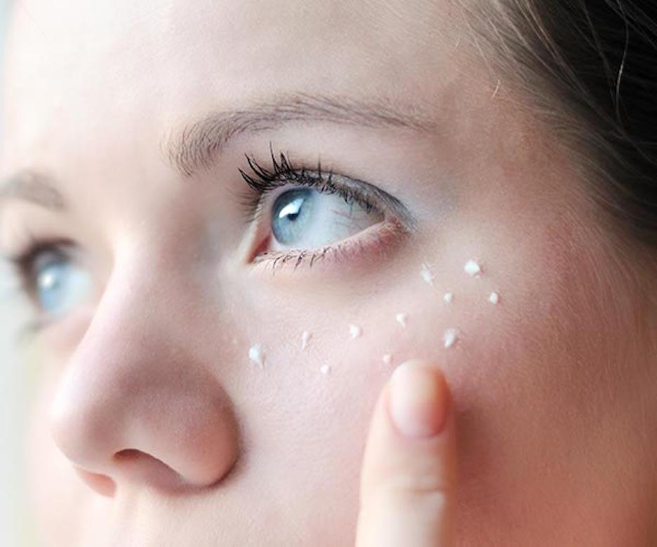 почему мешки и синяки под глазами