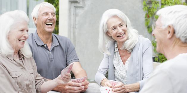 Долгожители общаются между собой